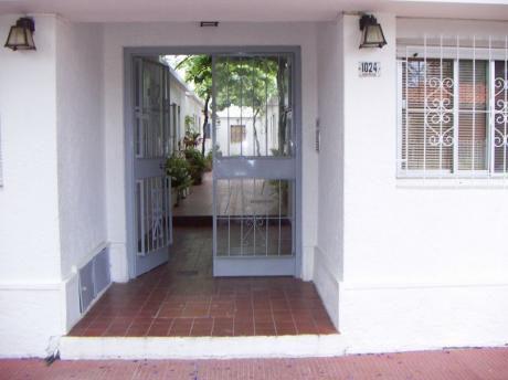 Apartamento En Edificio Aquarone Centro De Piriapolis
