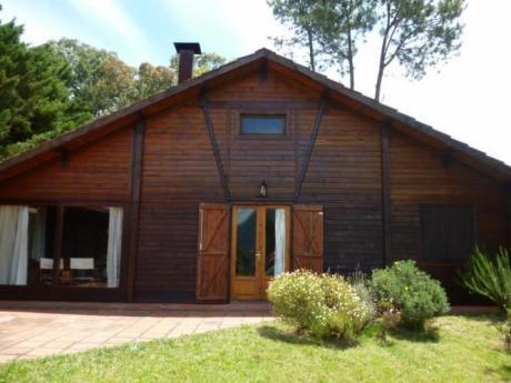 Casa Frente A La Sierra En Balneario Solís