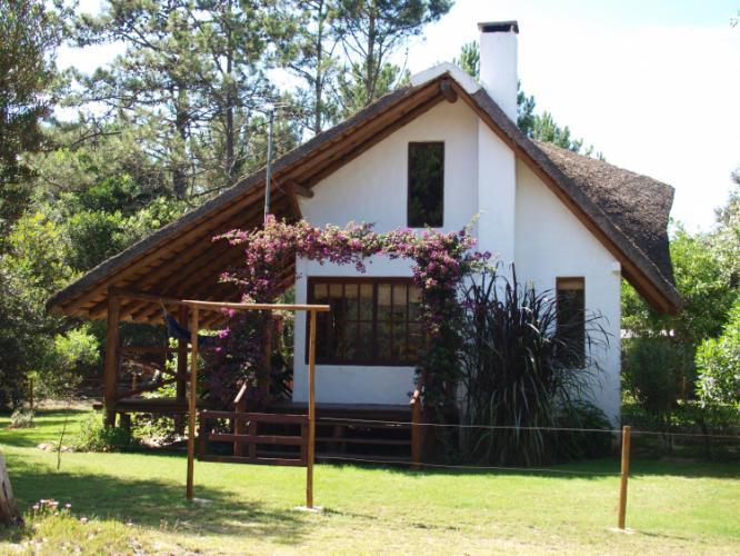 Alquiler de casas cabana en  playa-serena-y-solari
