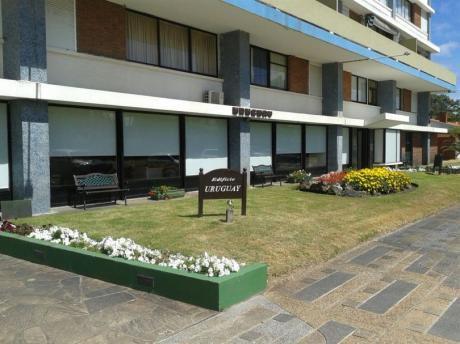 Edificio Uruguay A Cuadra Y Media De La Playa