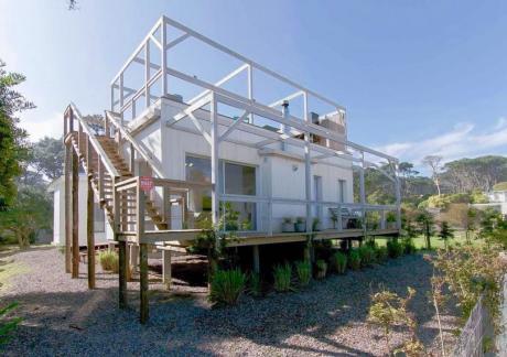 Espectacular Casa En Alquiler En Una Ubicación Ideal! A Pasos De José Ignacio