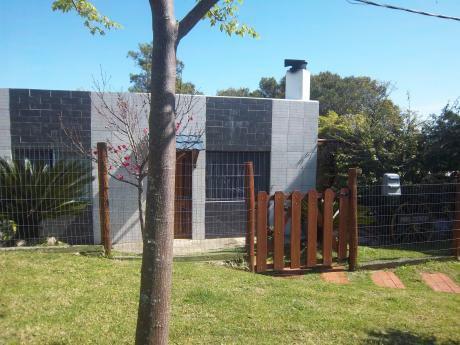 Alquilo Casa Muy Comoda A 3 Cuadras De La Playa,con Vista A Los Cerros Y El Mar