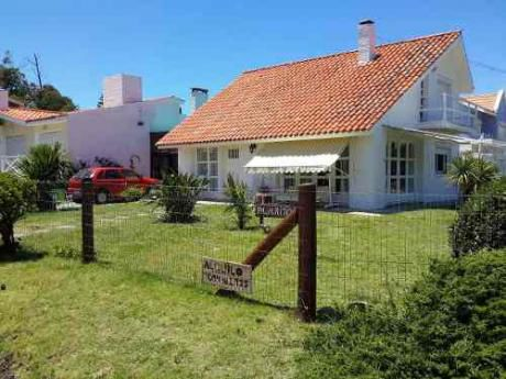 Casa A 1 Cuadra De La Palya