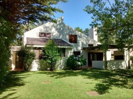 Amplia Casa En Punta Ballena