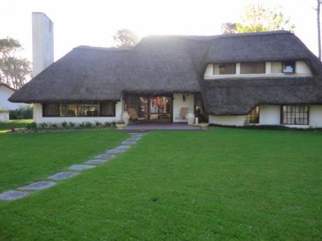 Alquilo Cómoda Casa En Punta Del Este