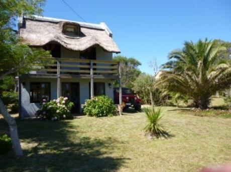 Casa En La Paloma A Dos Cuadras De  Playa De Los Botes!