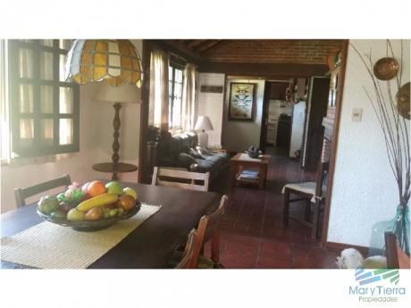 Casa De 3 Dormitorios En Alquiler A 2 Cuadras La Playa Brava, Punta Del Este.