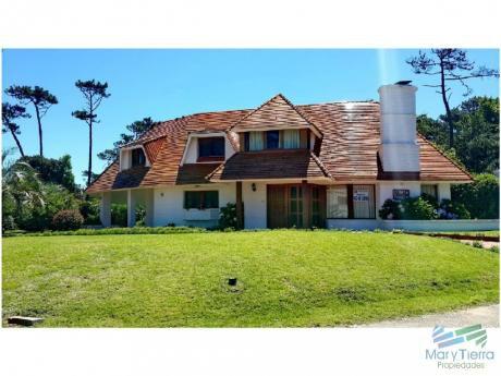 Hermosa Casa Zona Rincón Del Indio. A Una Cuadra Del Mar!!