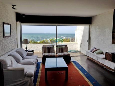 Gran Oportunidad En Venta. Apartamento Pent House, Primera Línea En Península, Punta Del Este.