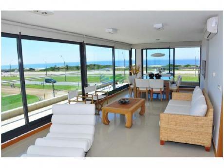 En Venta Y Alquiler!!!  Muy Llindo Apartamento En Parada 6 De Playa Brava ..