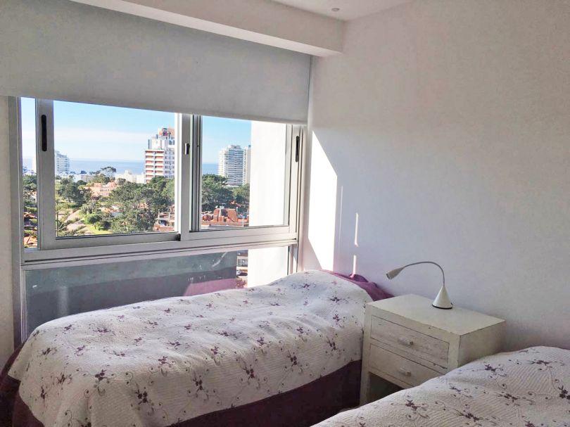 Apartamento en torre del mar con terraza exclusiva en for Terraza del apartamento