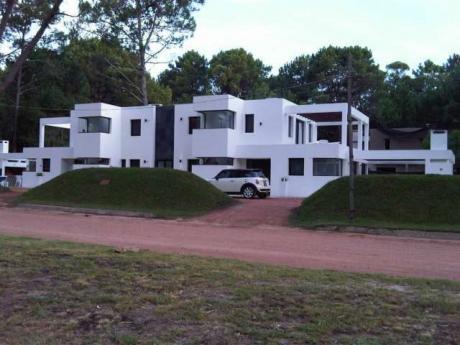 Casa En Solanas Country - Ref: Pb1686