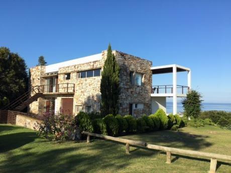 Casa En Punta Ballena - Ref: Pb583