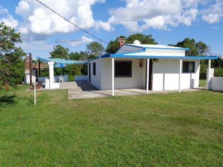 Amplia Casa Para 12 Personas, A Dos Cuadras De La Playa!!!