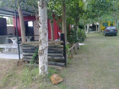 Cabaña Roja Santa Ana