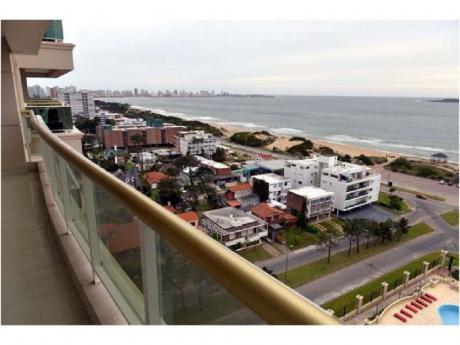 A Metros Del Mar. Vista Abierta. 3 Suites + Cochera