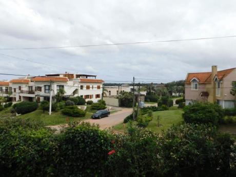 Amplias Terrazas Con Vista. 5 Dormitorios Con Dependencia