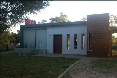 Casa En Montoya, La Barra.  Cerca De Todo , Pero Zona Tranquila.