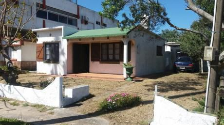 La Paloma  Av Navio Y Lira Cerca Balconada  Y El Centro