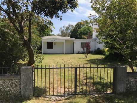 Alquiler Casa En Santa Lucia Del Este