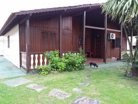Cabaña Para  6 Personas,  1 Cuadras De La Playa, Impecable
