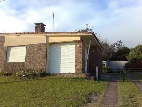 Casa En San Luis. Alquilo. En Diciembre U87926 70. Enero U87926 75