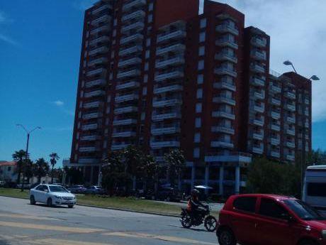 Alquilo Apartamento En Piriapolis Frente A La Playa