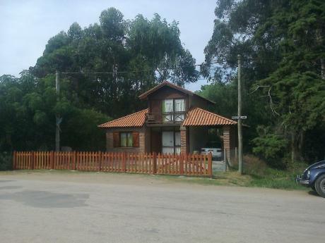 Preciosa Casa En La Pedrera