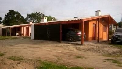 Alquilamos Casa Ubicada En Barra Do Chui (alvorada)  Brasil.