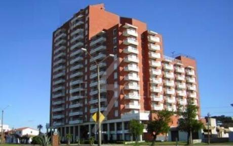 Apartamento En Alquiler Temporada En Piriápolis