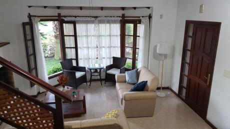 Alquiler Casa En Punta Del Este 4 Dormitorios 3 Baños