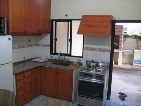 Cap 5 Personas Con Aire Acondicionado En Living Y Dormitorio
