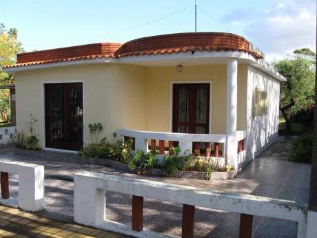 Casa 2 Dormitorios A 100 Metros De Playa