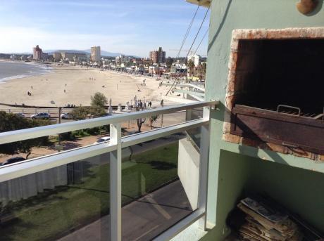 Hermoso Apartamento En Piriapolis Frente A La Playa