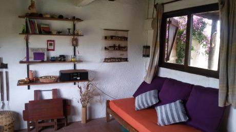 Hermosa Casa Con Ventanal Hacia El Campo