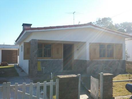 Se Alquila Casa En San Luis A 2 Cuadras De La Playa.