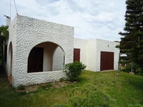 Casa A 100 Metros De Playa La Balconada, 2 Dormitorios