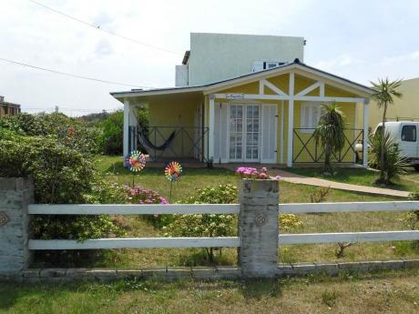 Ideal 2 Flias  A 80 Mt.cabito,balconada 4 Dor,2 Banios