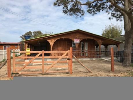 Cabañas En Duplex A Estrenar En Alvorada, Brasil