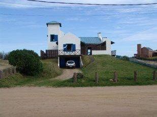Espectacular Casa Sobre Playa La Balconada