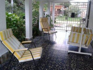 En  Las Toscas  A 1 Cuadra De La Playa Y A 1 De Ferreira S/n