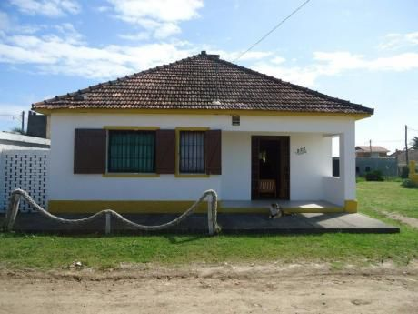 Alquilo Casa Super Cómoda 4 Dor. Barra Do Chuy A Una Del Mar
