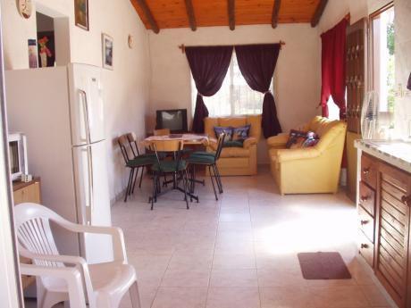 Alquilo Casa En Cuchilla Alta. A1y 1/2 Del Mar. 2dormitorios