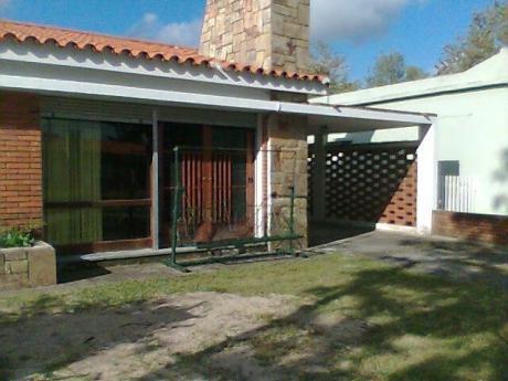 Casa Completa C/cochera, Parrillero Y Horno De Barro Techado