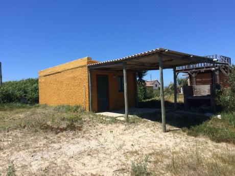 Alquilo / Vendo Casa En Aguas Dulces 50 M De La Playa