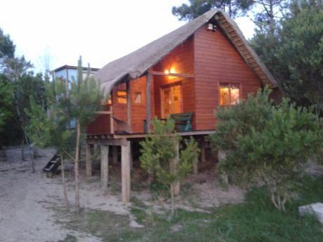 Cabañas Punta Del Diablo... 4 Y 6 Personas Alquilo