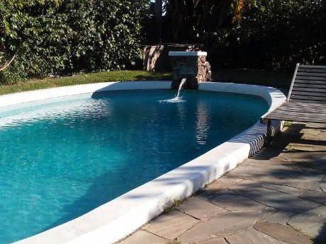 Divina Casa En Punta Del Este Con Piscina!