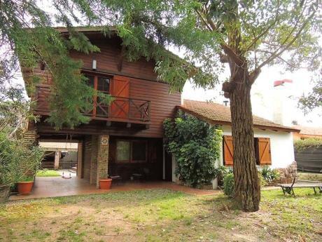 Esplendida Casa Piscina 4 Dor 2bañ Barbacoa  Cel 093 310 508