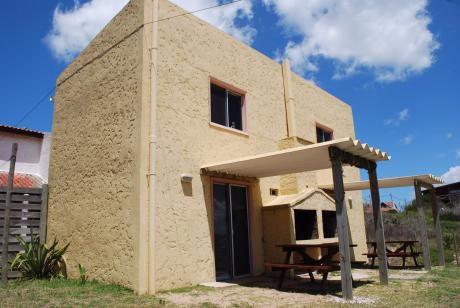 Casas Para 4 Personas Cuadra Y Media Del Océano. La Viuda