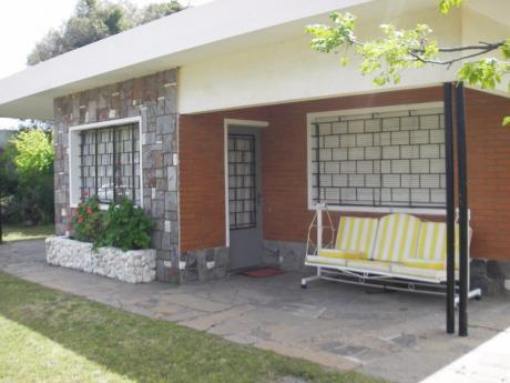 Alquilo Casa Las Toscas A Metros De La Playa.